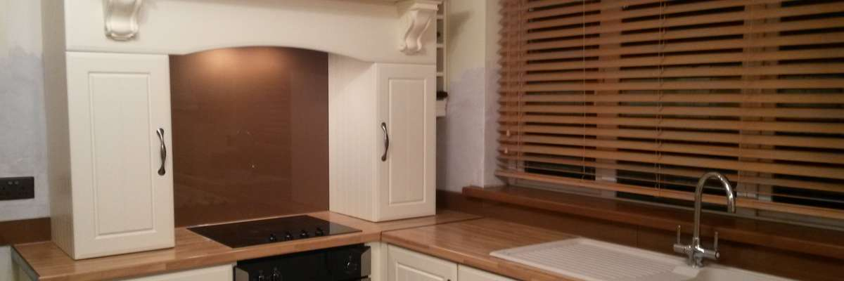 Brown Splashback in Kitchen